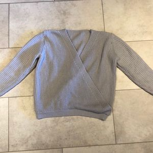 Grey knit v neck sweater